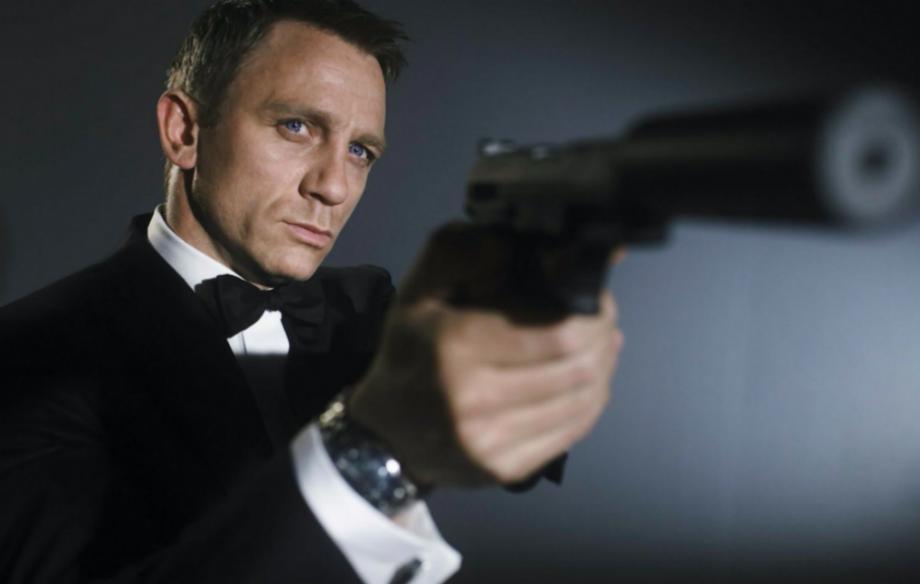 Astro de 007, Daniel Craig doa R$ 63 mil para grupo que luta na prevenção de suicídio
